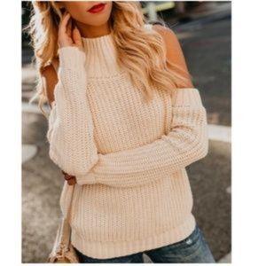 KENDALL & KYLIE Mock Turtleneck Sweater